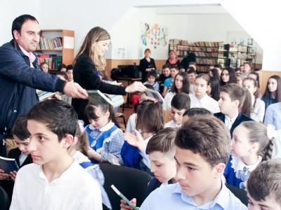 Redoxim_Valea Calugareasca_donatie martie